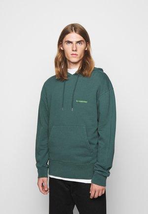 BULKY HOODIE - Bluza z kapturem - faded green