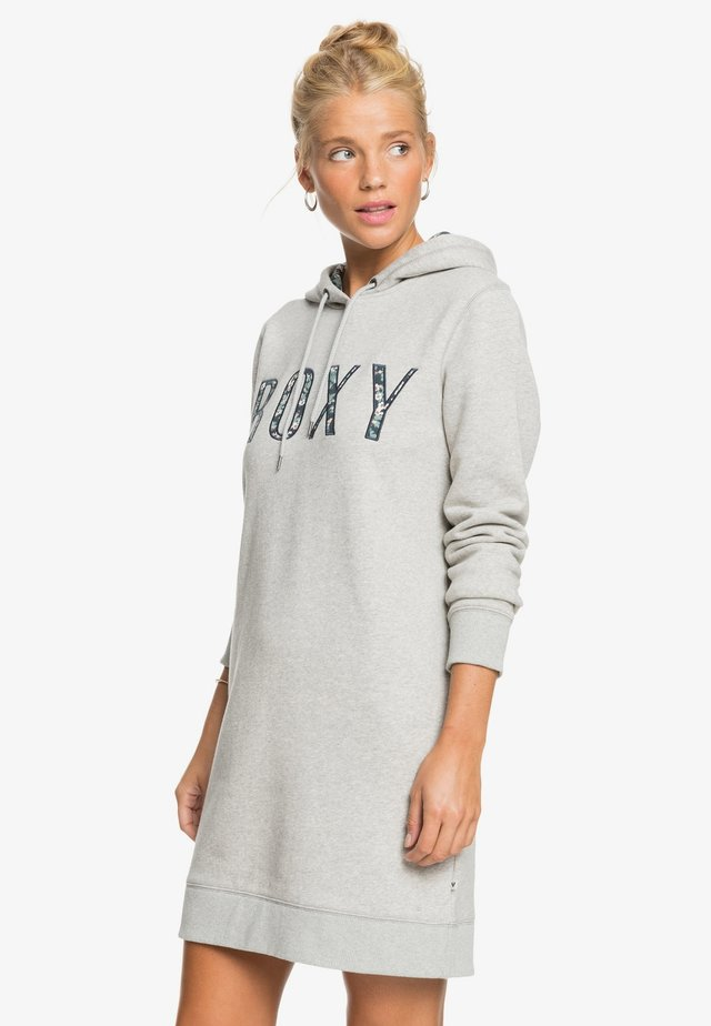 roxy kleider online | entdecke dein neues kleid | zalando