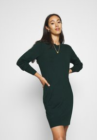 Even&Odd - JUMPER Knit DRESS - Shift dress - scarab - 0