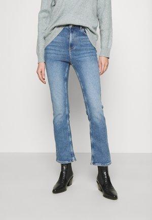 ONLCHARLIE  - Flared jeans - light blue denim