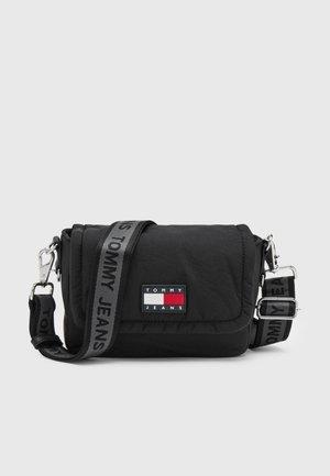 FLAP CROSSOVER - Across body bag - black