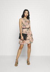 Vero Moda - VMSUNILLA SHORT DRESS - Day dress - mahogany rose - 2