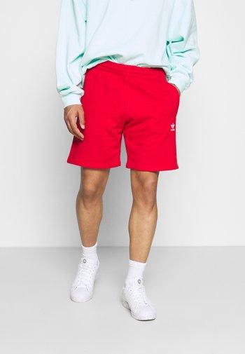 ESSENTIAL UNISEX - Shorts - red