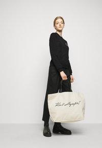 KARL LAGERFELD - ADDRESS LOGO - Sweatshirt - black - 1