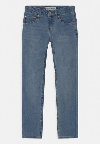 512 SLIM TAPER - Slim fit jeans - rinsed denim