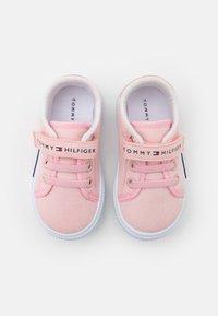 Tommy Hilfiger - Tenisky - pink - 3