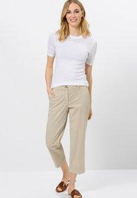 zero - Trousers - raw cotton - 1