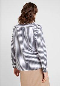 Seidensticker - FASHION - Button-down blouse - dark sapphire - 2