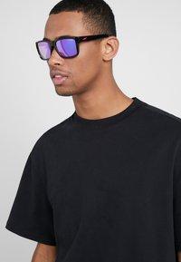 Arnette - SWINDLE - Occhiali da sole - black - 1