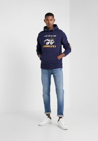 Fiorucci - STYLED FOR PLEASURE HOODIE  - Sweat à capuche - navy - 1