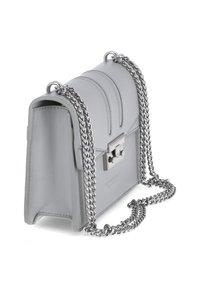 Seidenfelt - Across body bag - grau - 3