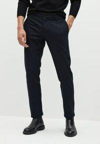 Mango - Trousers - grau - 0