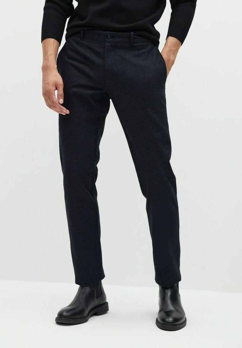 Mango - Trousers - grau