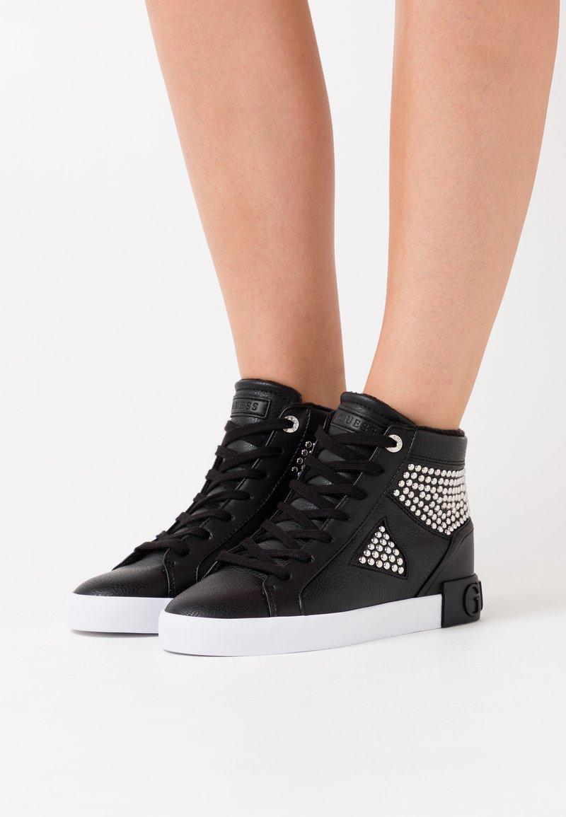 Guess - PEETUR - Sneakers alte - black