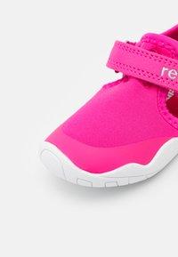 Reima - RANTAAN UNISEX - Walking sandals - fuchsia pink - 5
