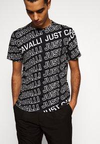 Just Cavalli - Print T-shirt - black variant - 3