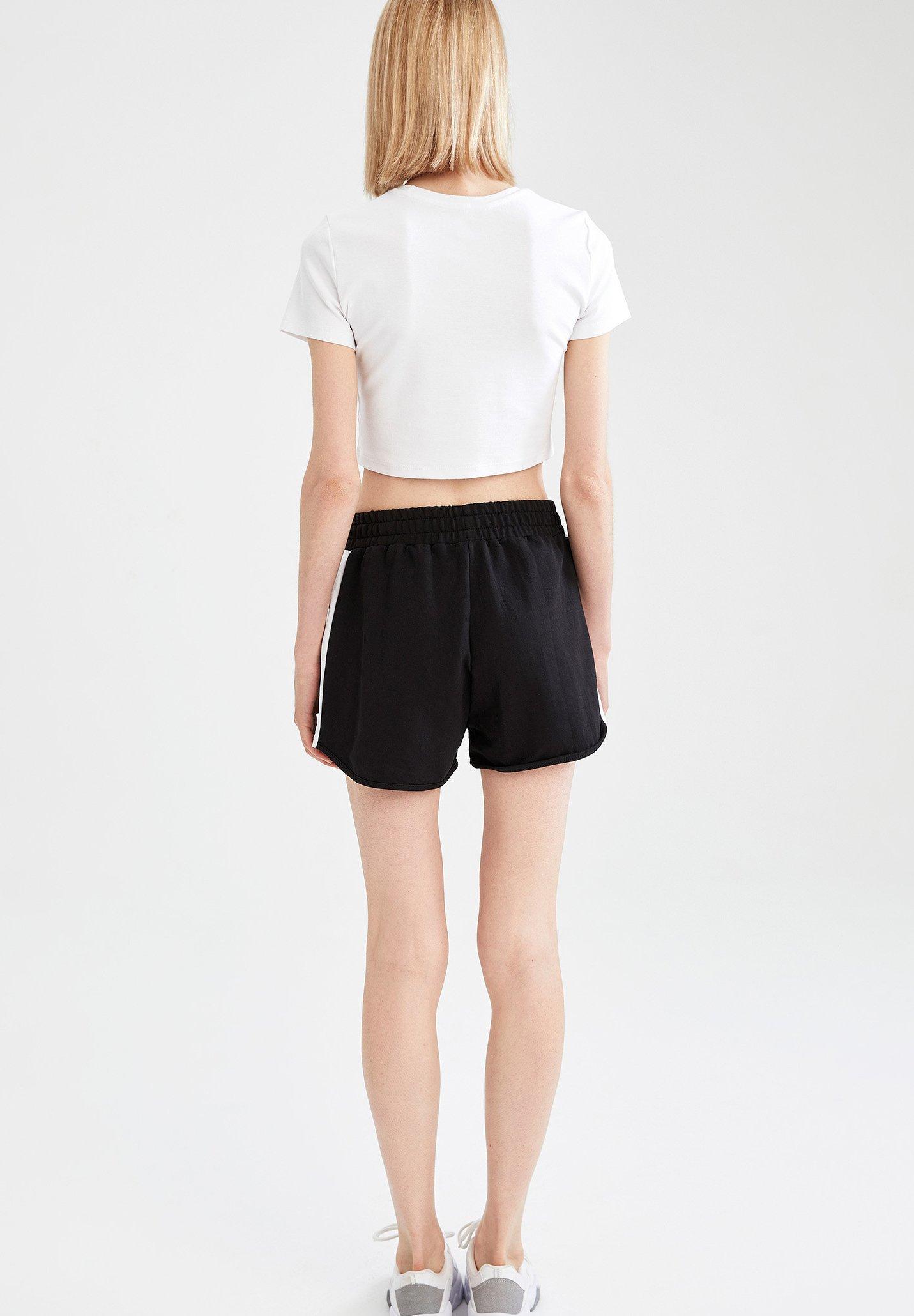 Damen REGULAR FIT  - kurze Sporthose