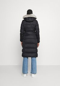 Tommy Hilfiger - TYRA MAXI - Down coat - black