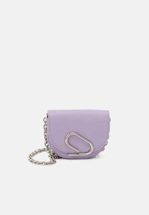 ALIX MINI CARDCASE ON CHAIN - Across body bag - lavender
