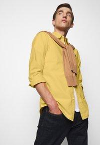 Polo Ralph Lauren - LONG SLEEVE SPORT - Hemd - fall yellow - 3