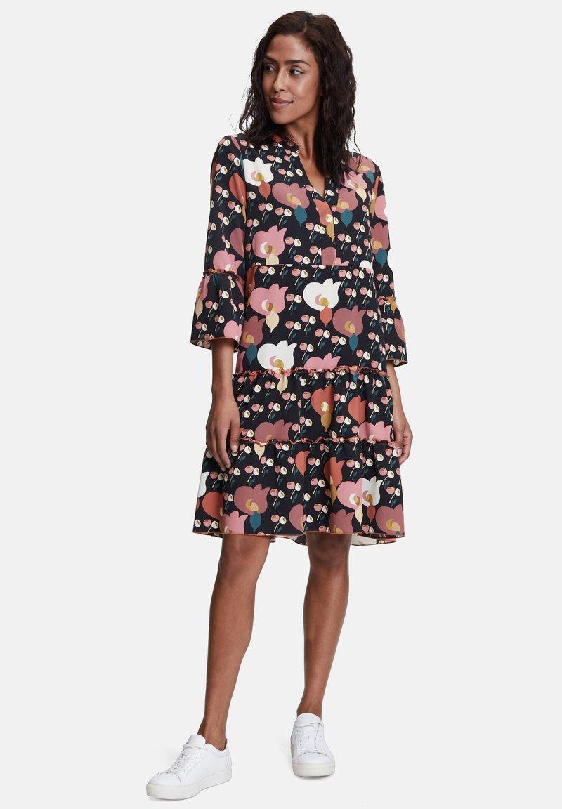 Betty Barclay - Day dress - black/rosé