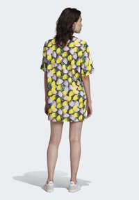 adidas Originals - BELLISTA TEE DRESS - Vestido informal - yellow - 2