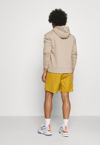 Nike Sportswear - REISSUE - Shorts - wheat/sail - 2
