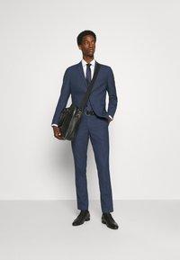 Selected Homme - SLHSLIM MAZELOGAN  - Costume - dark blue - 1