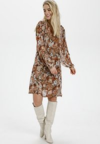 Cream - Day dress - vintage rose print - 0