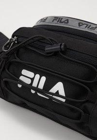 Fila - WAIST BAG MOUNTAIN - Heuptas - black - 2