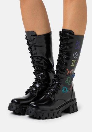 VEGAN SOLLUX - Platform boots - black