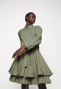 Steffen Schraut - BROOKE FANCY DRESS - Shirt dress - jungle - 3