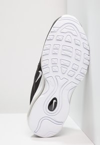 Nike Sportswear - AIR MAX 97 UNISEX - Sneakersy niskie - black/white - 5