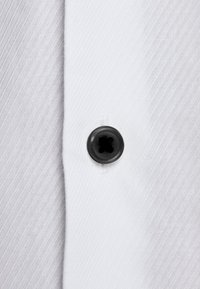 Jack & Jones PREMIUM - JPRVICTOR SLIM FIT - Skjorta - white - 5