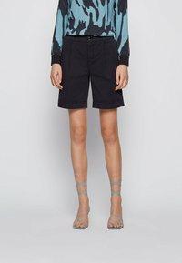 BOSS - TAGGIE - Shorts - open blue - 0