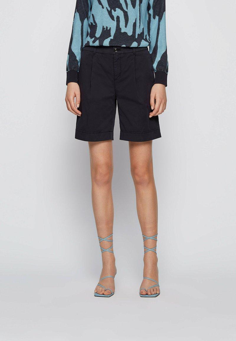 BOSS - TAGGIE - Shorts - open blue
