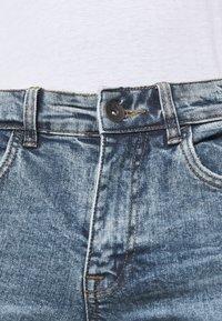 Redefined Rebel - STOCKHOLM DESTROY - Slim fit jeans - pearl blue - 3