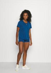 Nike Performance - ONE - T-shirt - bas - court blue/white - 1