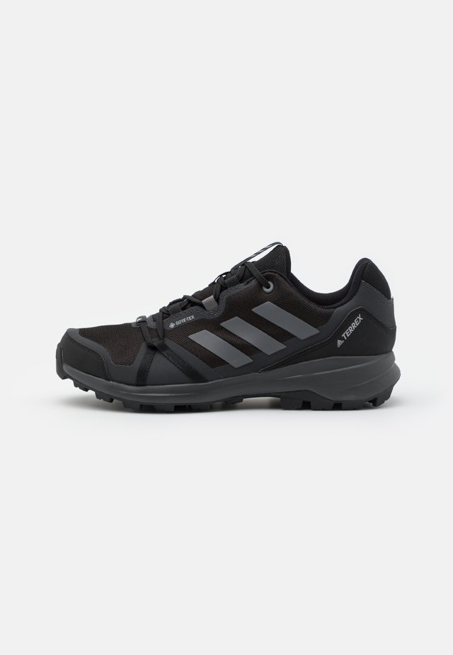 TERREX SKYHIKER GTX - Trekingové boty - core black/grey four/solid grey