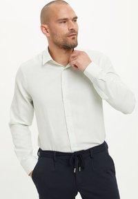 DeFacto - Formal shirt - green - 4