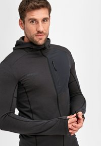 Mammut - ACONCAGUA - Soft shell jacket - black - 3