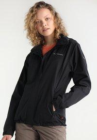 Vaude - WOMANS ESCAPE LIGHT JACKET - Waterproof jacket - black - 0