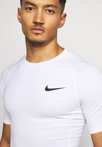 Nike Performance - T-paita - white - 5