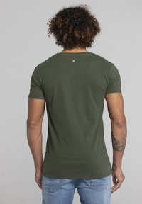 Liger - LIMITED TO 360 PIECES - ERYC WHY - ROTTERDAM - Print T-shirt - military green - 2