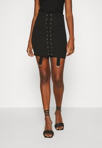 Missguided - LACE UP STRAP DETAIL SKIRT - Minifalda - black - 0
