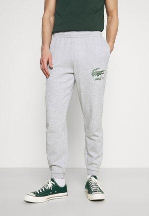 Pantalones deportivos - silver chine