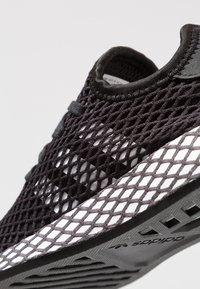 adidas Originals - DEERUPT RUNNER - Trainers - core black/footwear white/grey five - 2
