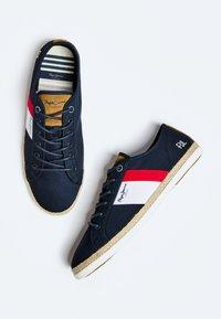 Pepe Jeans - Sneakers - azul marino - 3