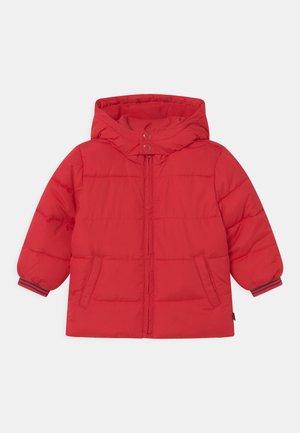 TODDLER BOY WARMEST - Talvitakki - pure red