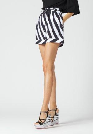 Shorts - bianco nero
